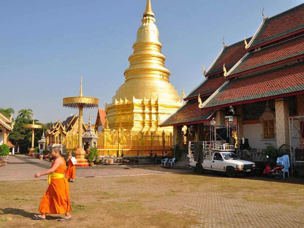 Wat Haripunchai Lamphun | Buzzy Bee Bike, Chiang Mai, Thailand
