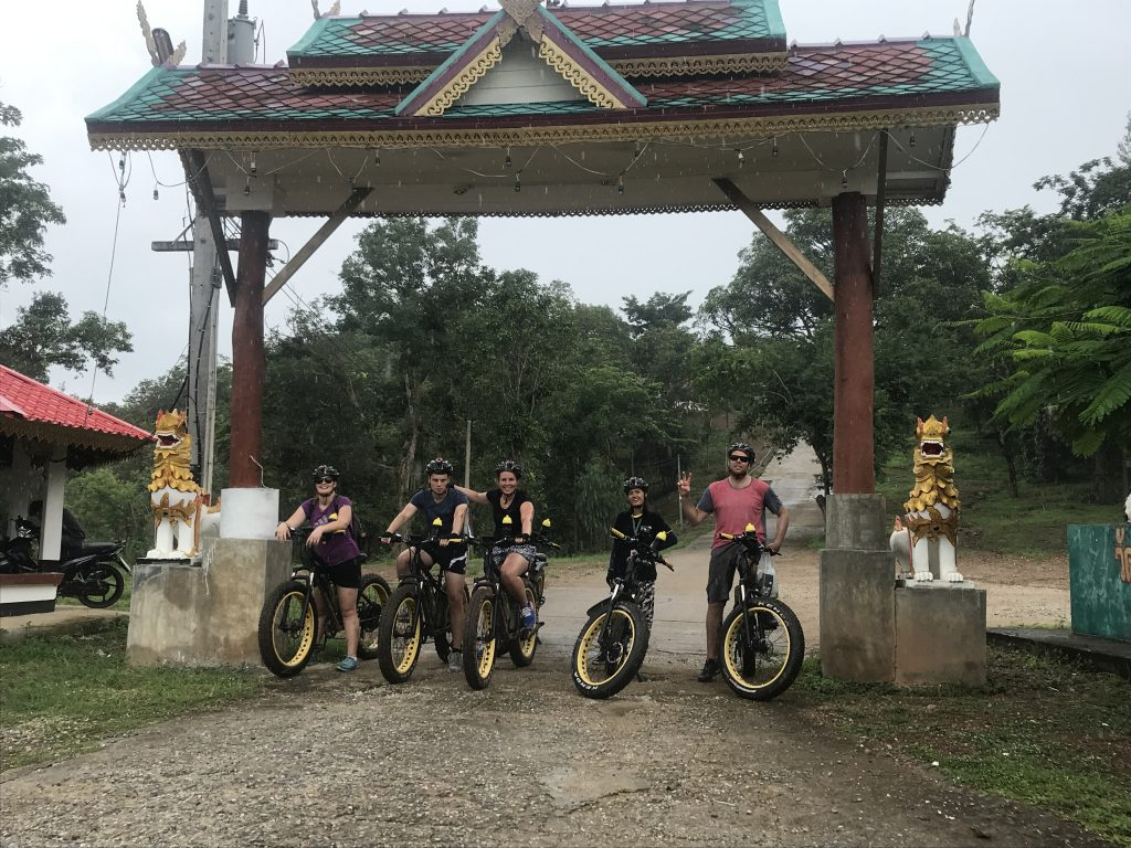 gate to Wat Doi Tham | Buzzy Bee Bike, Chiang Mai, Thailand