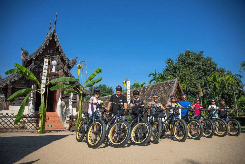 E-bikers group shoot in front of Wat Ton Kwen | Buzzy Bee Bike, Chiang Mai, Thailand