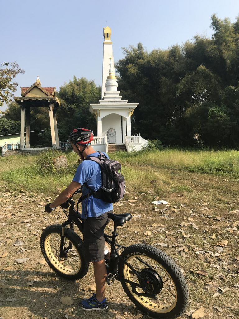stop at crematorium | Buzzy Bee Bike, Chiang Mai, Thailand