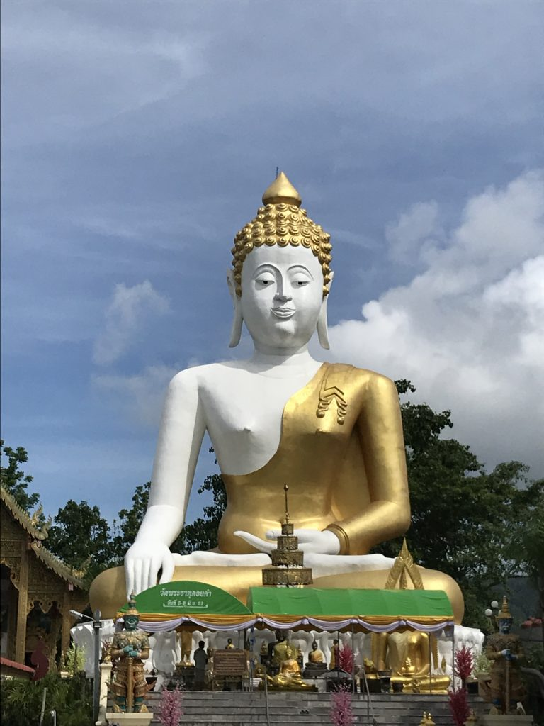 Buddha at Wat Doi Kham | Buzzy Bee Bike, Chiang Mai, Thailand